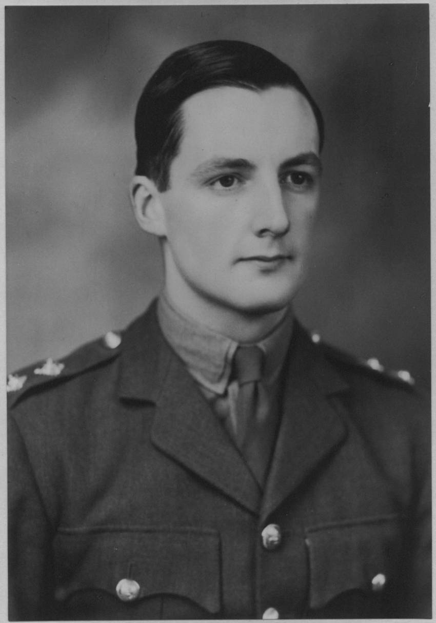 circa 1940 photo of a young 1st Lieutenant Alfred Nigel Parker