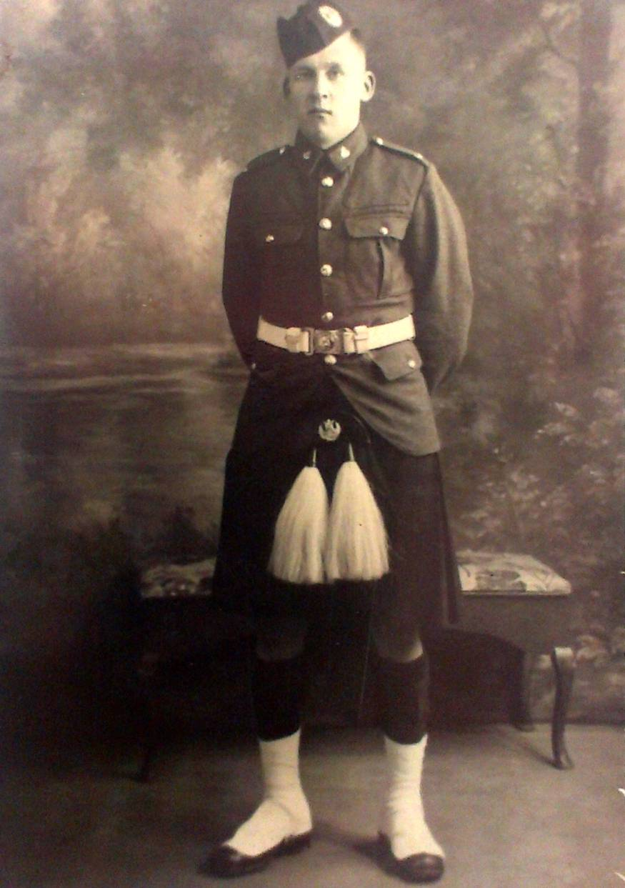 2927510 Lance-Corporal Andrew McGowan. 4th battalion Queens Own Cameron Highlanders
