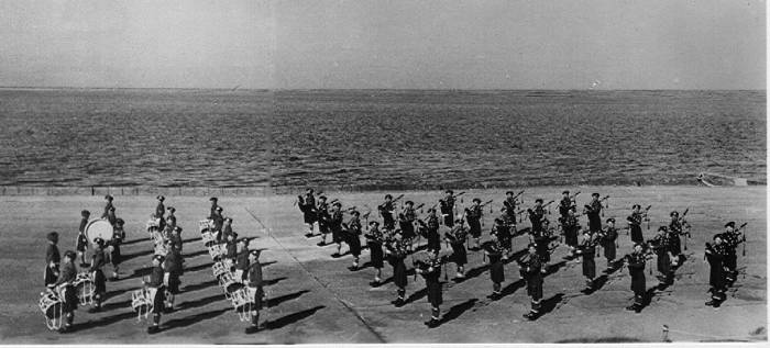 5th Camerons pipes and drums beat retreat, Cuxaven 1945