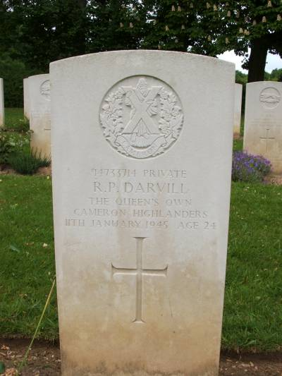 Headstone of Private R.P. Darvill