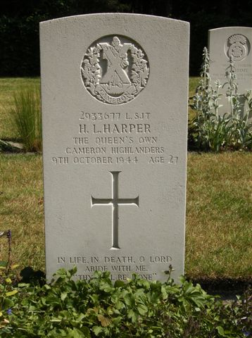 Headstone of L/Sgt. Harper Queens Own Cameron Highlanders