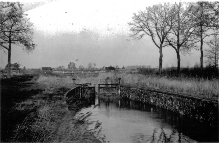 Zig Canal, Cameron Bridge 1944