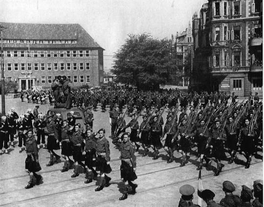 Camerons on Victory parade marchpast, Bremerhaven