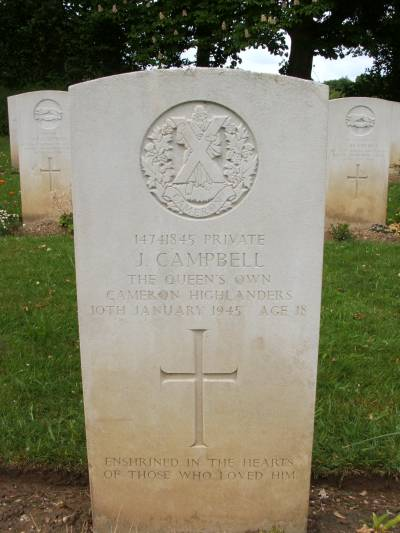 Headstone of Private J. Campbell