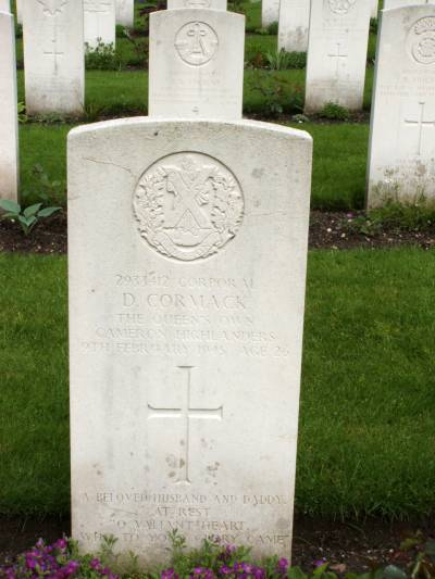 Headstone of Corporal D. Cormack