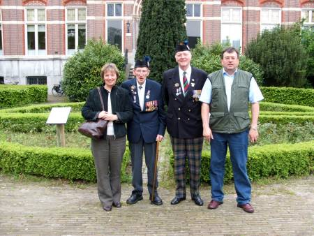 George Sands and Richard Mssey with Jeanne and Peter van der Krabben, Beekvliet, St. Michielsgeste