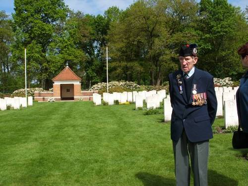 A sad moment for George Sands, Mook war cemetery, Holland