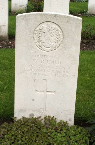 Headstone of Lieutenant W. Duguid
