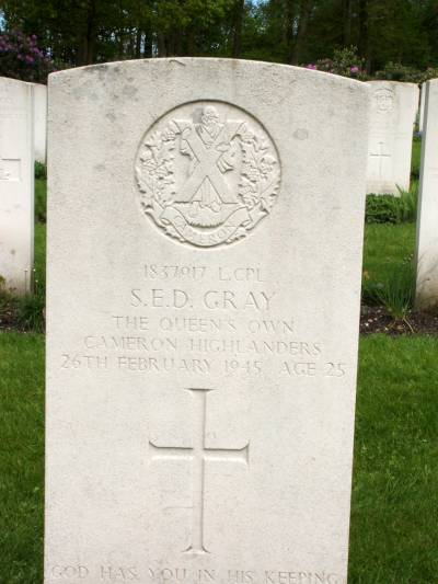 Headstone of Lance Corporal S.E.D. Gray