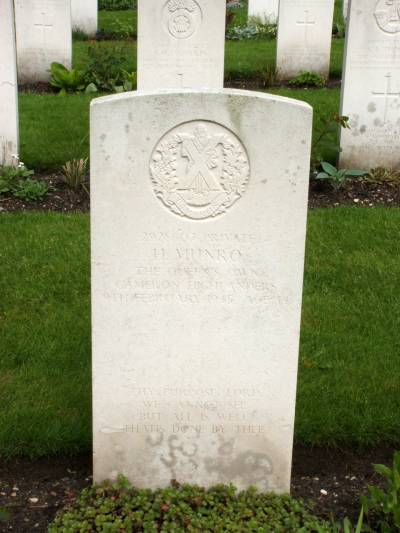 Headstone of Private H. Munro