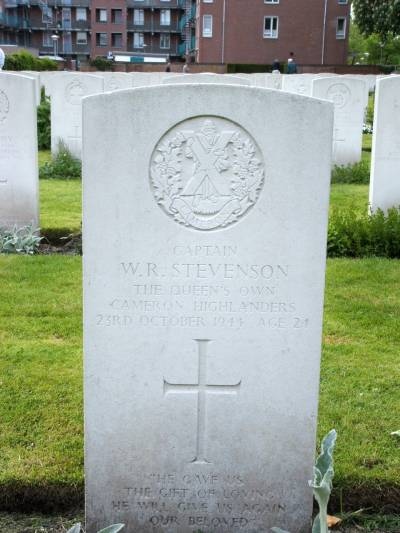 Headstone of Captain W.R. Stevenson