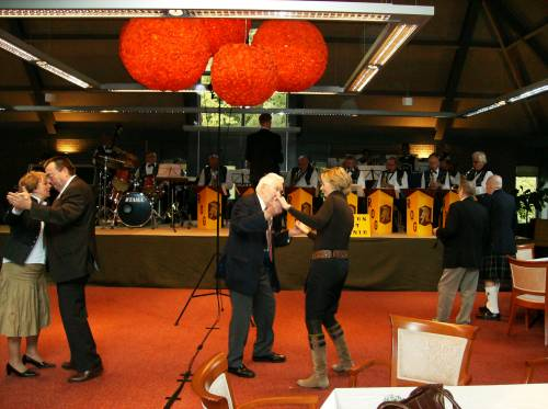 Veterans and guests dance at the farewell lunch of the veterans of 51st Highland Division, Huize Bergen, Vught