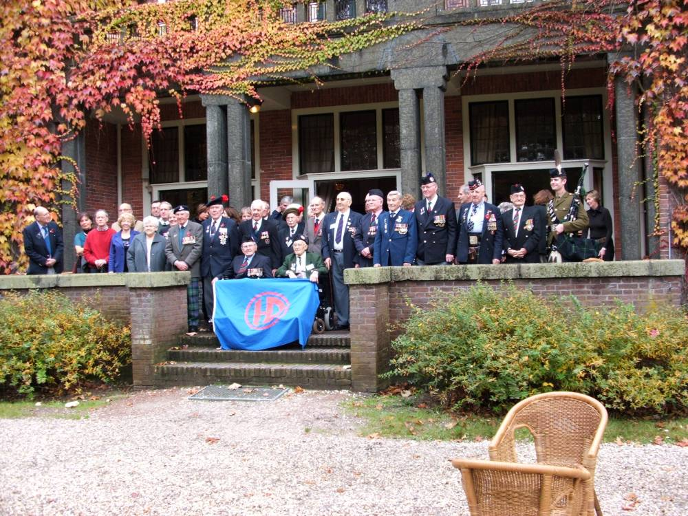 Highland Division veterans group photograph at Huize Bergen hotel Vught